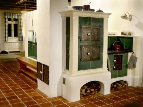 Kuchyňský kachlový sporák